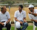 El psicólogo deportivo Heinz Graf (i); Jorge Villanueva y Alberto Masías, directivos del club peruano San Martín de Porres