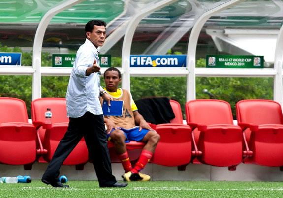 Javier Rodríguez, técnico de la selección ecuatoriana sub-17, fue uno de los expositores del curso para entrenadores de fútbol.