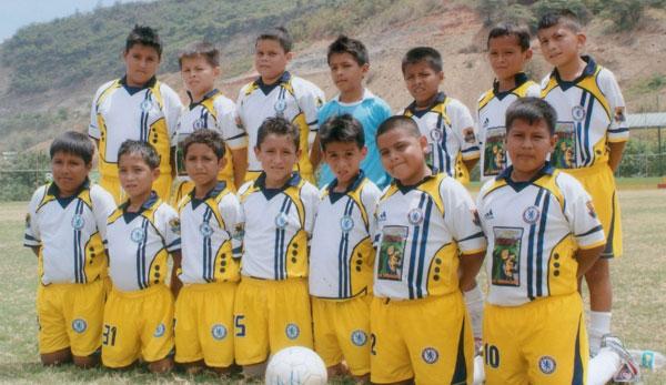El conjunto de la EF. Sí Se Puede que dirige Eduardo Ortega clasificó para la II fase. Buen fútbol presenta el cuadro de El Oro.