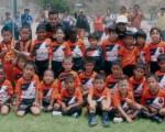 La Academia de Fútbol Alfaro Moreno se constituye en un aporte gravitante en el desarrollo del fútbol nacional. Equipos como el de la gráfica, que pertenece a la serie sub-6, llaman la atención.