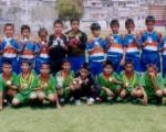 Semillitas de Montalvo (de pie) y la EF Real Santa Rosa sobresalieron durante el Campeonato Nacional de Fútbol de EL UNIVERSO. Los fluminenses ganaron la corona y los orenses, el subtítulo.
