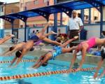 Roberto Frydson es el actual DT de las diferentes selecciones de natación del Guayas que practican en la piscina olímpica.