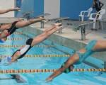 Cinco jóvenes de la categoría 9-10 años participaron en los 50 metros del estilo libre, en la penúltima jornada del Interbarrial.