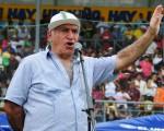 Profesor Denis Dau, director de los Interbarriales de Diario EL UNIVERSO, mantiene la masificación del fútbol infantil.