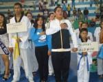 Equipos de la Universidad de Quevedo (i) y de la Escuela Superior Politécnica del Litoral (Espol) también acudieron a la apertura del campeonato barrial.