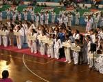 Vista panorámica de los equipos y academias que participaron en la inauguración y en la primera fecha del XIV Campeonato Interbarrial de Taekwondo que auspicia Diario EL UNIVERSO.