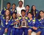 MACHALA. Nadadores del club Orense que ganaron el título en torneo que hubo en Zamora.