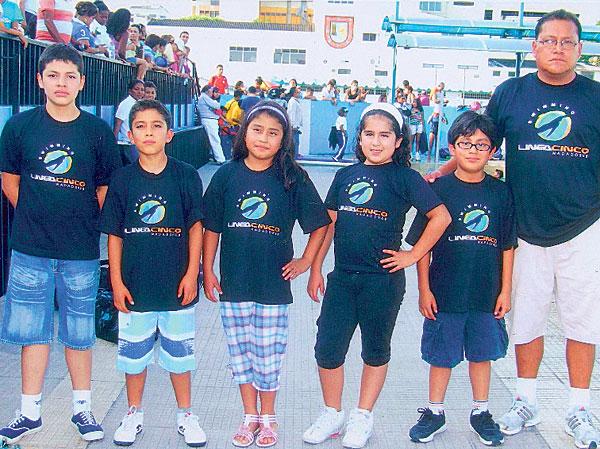 Integrantes del equipo Línea 5, de Tungurahua, que tuvo una sobresaliente participación en el Campeonato Nacional 2013.