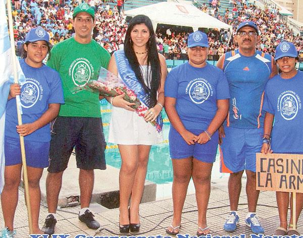 Nadadores del Casino de la Armada que también intervinieron en el Campeonato Nacional de Natación de Diario EL UNIVERSO.