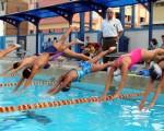 Grupo de nadadores que intervino en el Campeonato Nacional del Novatos de Natación del 2012, que se realizó en la piscina de la Fedeguayas.