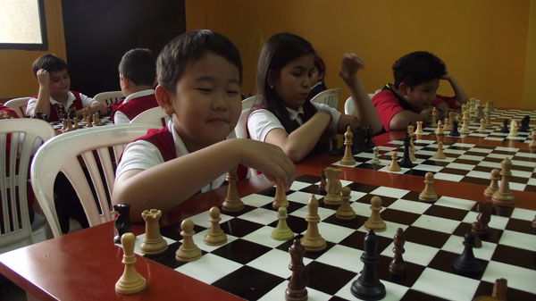 Jun Seo Song Kim, estudiante del colegio Americano, es una de las figuras que tiene este plantel en el ajedrez estudiantil.