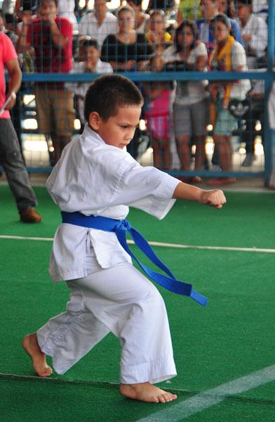 Campeonato interbarrial de karate Christofer Olmo. (Angel Aguirre)