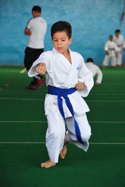 Campeonato interbarrial de karate Guillen Renella. (Angel Aguirre)