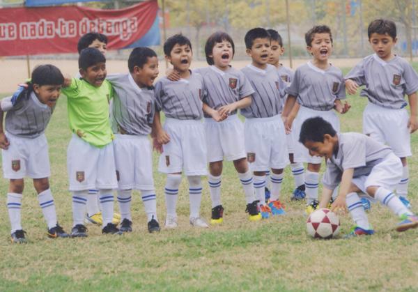 Los pequeños saltarán a la cancha para demostrar su buen juego. Respetan a su rival, pero están motivados para ganar la final.