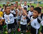 Los integrantes de Oro SC debutan hoy ante rivales muy difíciles en las categorías sub-7, 8, 9 y 11 en el inicio del Campeonato Interbarrial de fútbol Diario EL UNIVERSO-Copa Samsung, etapa invernal.