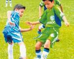 Edú Armijos, de Édgar Bueno (i), y Adrián López, de Orense Sporting Club, volverán a enfrentarse en el torneo de Verano en sub-9.