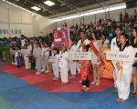 Equipos, academias y delegaciones que participaron en la inauguración del barrial. (Víctor Serrano)
