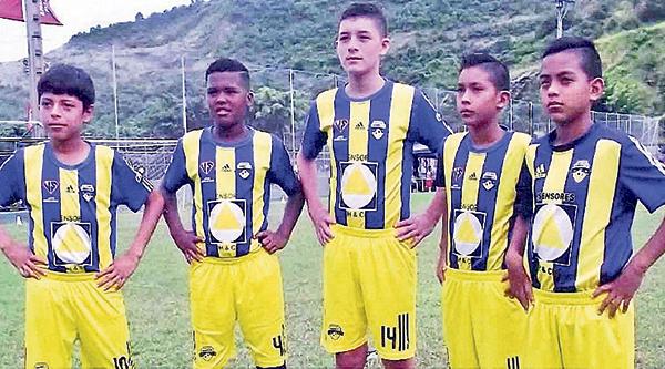 Isaac La Rosa (i), Jeremías Carabalí, Adriano Gagliardo, Joseph Tomalá y Brad Parreño actuarán por Romero FC.