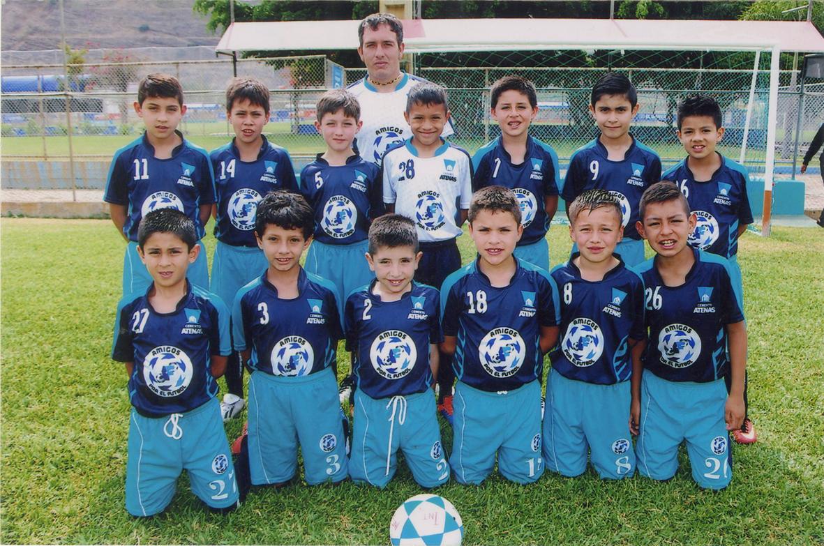 Amigos por el Fútbol, conjunto cuencano que sigue en lid y con el sueño de llegar a finales.