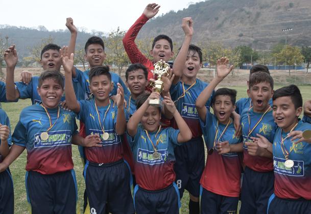 JC Sport, de Santo Domingo de los Tsáchilas, obtuvo el título en la serie sub-14 del Campeonato Interbarrial de Fútbol.