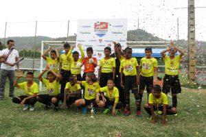 El conjunto de EF Cristo te Ama ganó el título en la sub 13 y el pasaporte para viajar a Colombia.