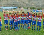 Azogues FC, demostrando un fútbol creativo, se alzó con la corona en la categoría sub-8.