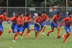 EF Prefectura del Guayas festeja con euforia el título de campeón en la categoría sub-11.