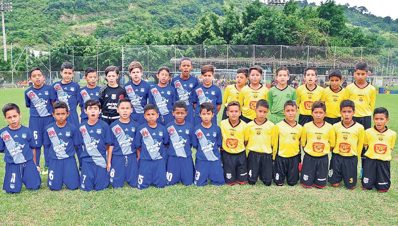 Emelec, con un equipo, y Barcelona, con quince, participarán de la jornada final de hoy del Interbarrial de Diario EL UNIVERSO-Copa Pony Malta, en la Ciudad Deportiva.