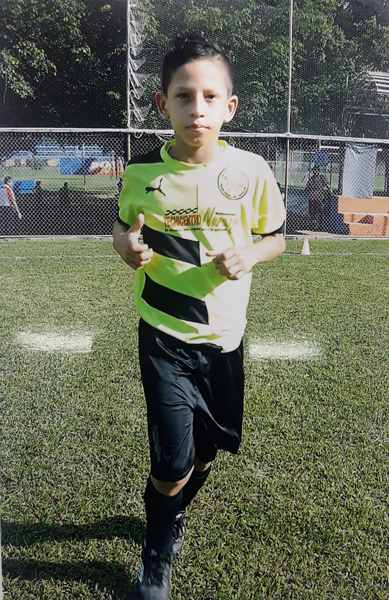Joel Zambrano jugará en San Pascual Bailón, sub-10.