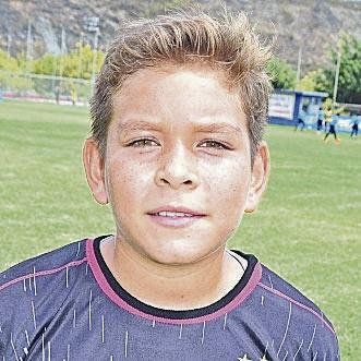Isaac García, arquero del equipo Liliana FC, sub-12.