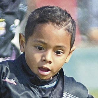 Thiago Jiménez, figura en el conjunto de Santos Ecuador.